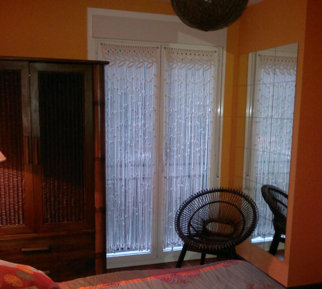 Visillo de macrame para ventana