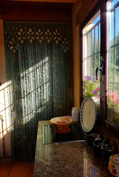 cortina modelo reina verde y crudo